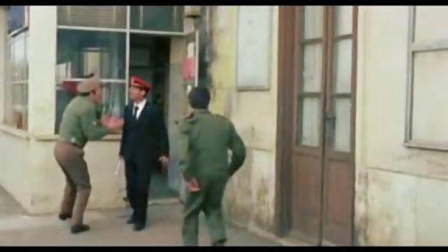 Sexe pas d'inscription  Vanilla Skye en plein ancien film x francais air dans le jacuzzi