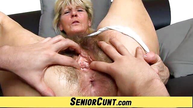 Sexe pas d'inscription  La film complet porno mignonne brune Tessa se fait baiser