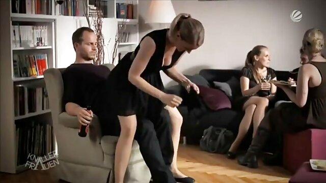Sexe pas d'inscription  Euro MILF en bas va filme pornographique francais gratuit lesbo