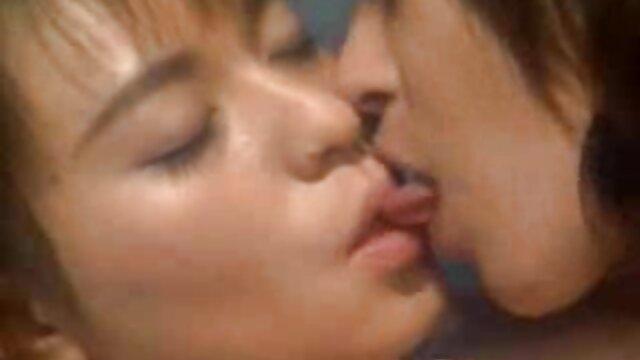 Porno gratuit sans inscription  MILF oblige son mari à lui obéir film x en streaming francais