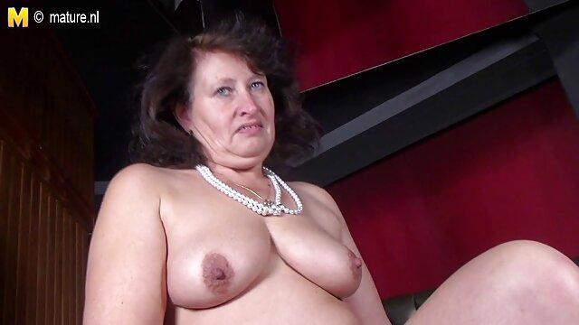 Sexe pas d'inscription  Barb utilise un film porno francais hd jouet.