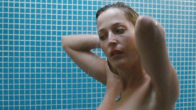 Sexe pas d'inscription  Salope à lunettes se film porno françaises doigte 1