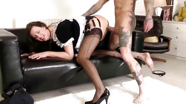 Sexe pas d'inscription  Fist anal et poing au film classé x gratuit pied
