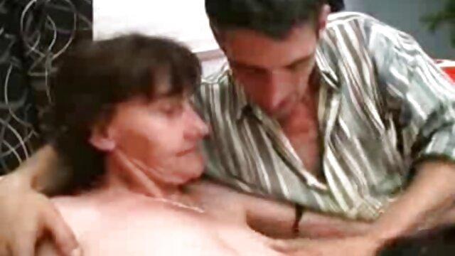 Sexe pas d'inscription  Lesbiennes film pornographique vf dans la chambre des hommes