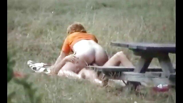 Sexe pas d'inscription  Une maman film porno francais complet streaming mature surprend un jeune voleur et le taquine